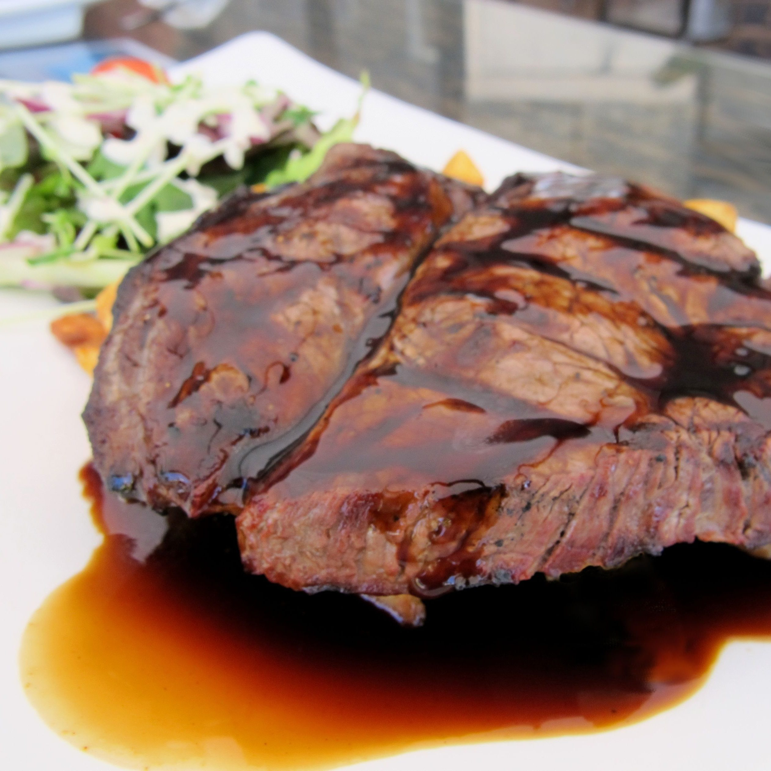 Grilled beef with guiness sauce